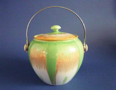 Superb Shelley Harmony 'Drip' Ware Biscuit Barrel c1930